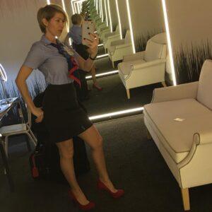 matorka bivša stjuardesa traži ljubav